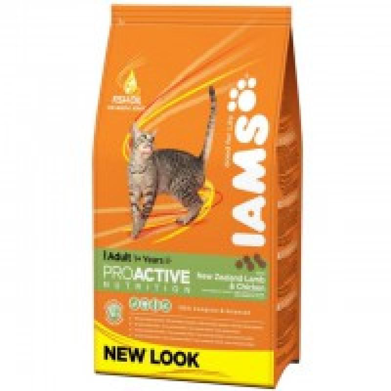 Iams Adult with Lamb Корм для взрослых кошек с ягненком 3 кг